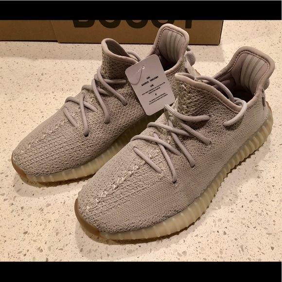 7131446d31611 Sesame Yeezy Boost 350 V2 - Size 7 Men (8.5 Women)